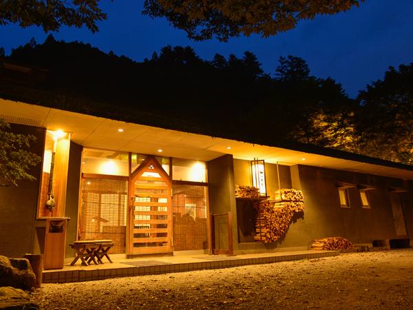 【山の茶屋】休館のお知らせ