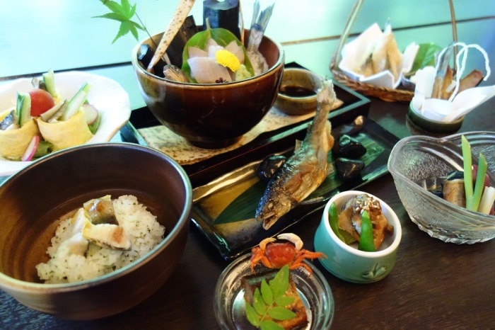☆初夏(6/1~7/31)限定☆山の茶屋の「鮎御膳」