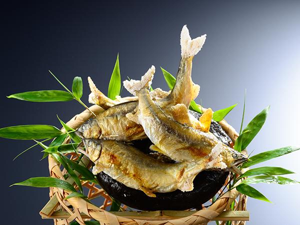 夏の名物料理「鮎」コース 「活きが、鮮度が、違います」