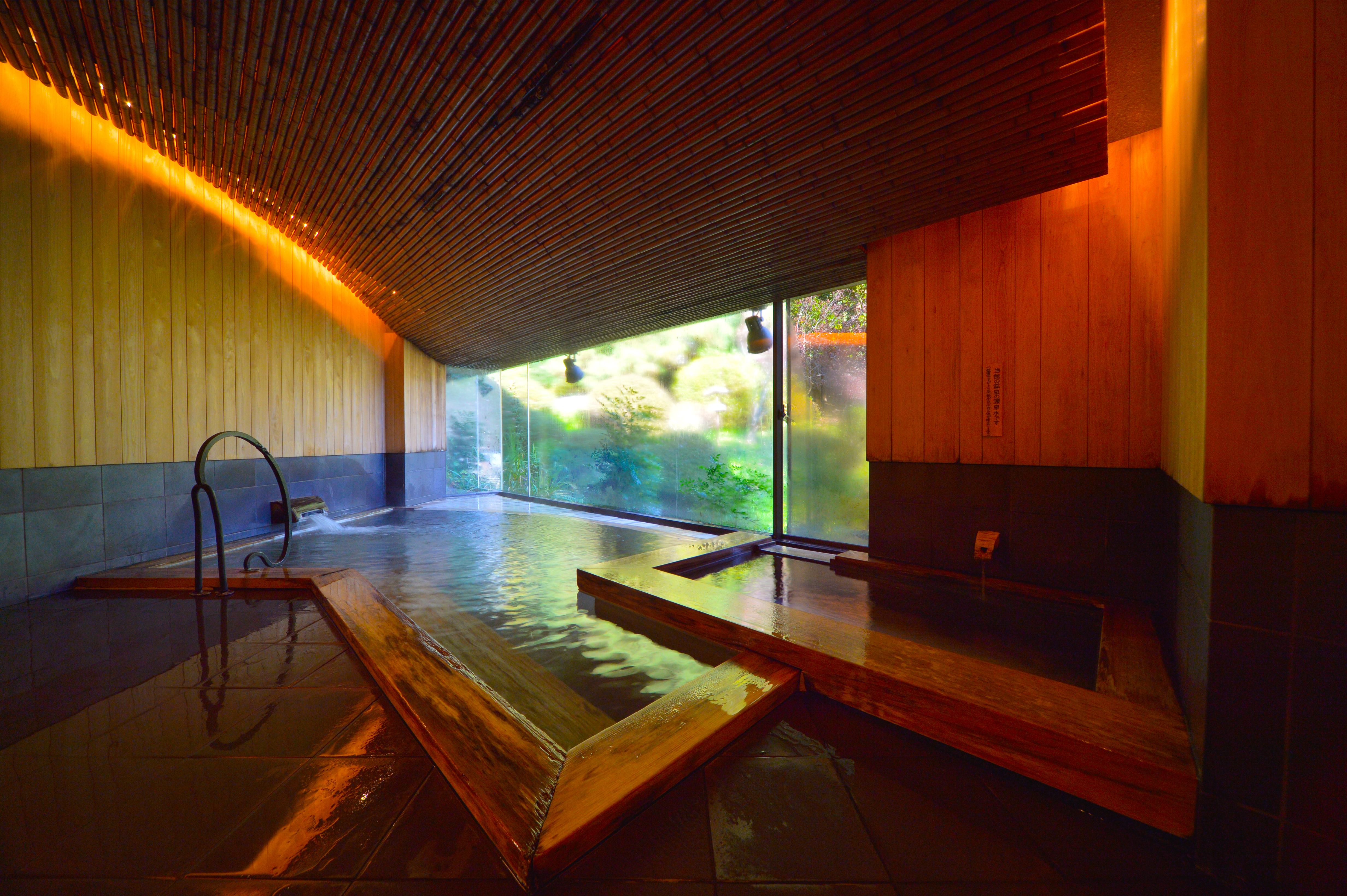 【期間限定】木風呂が貸切で無料!
